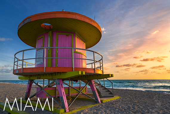 Photo of Ocean Drive at Night with link to Miami Photography Page